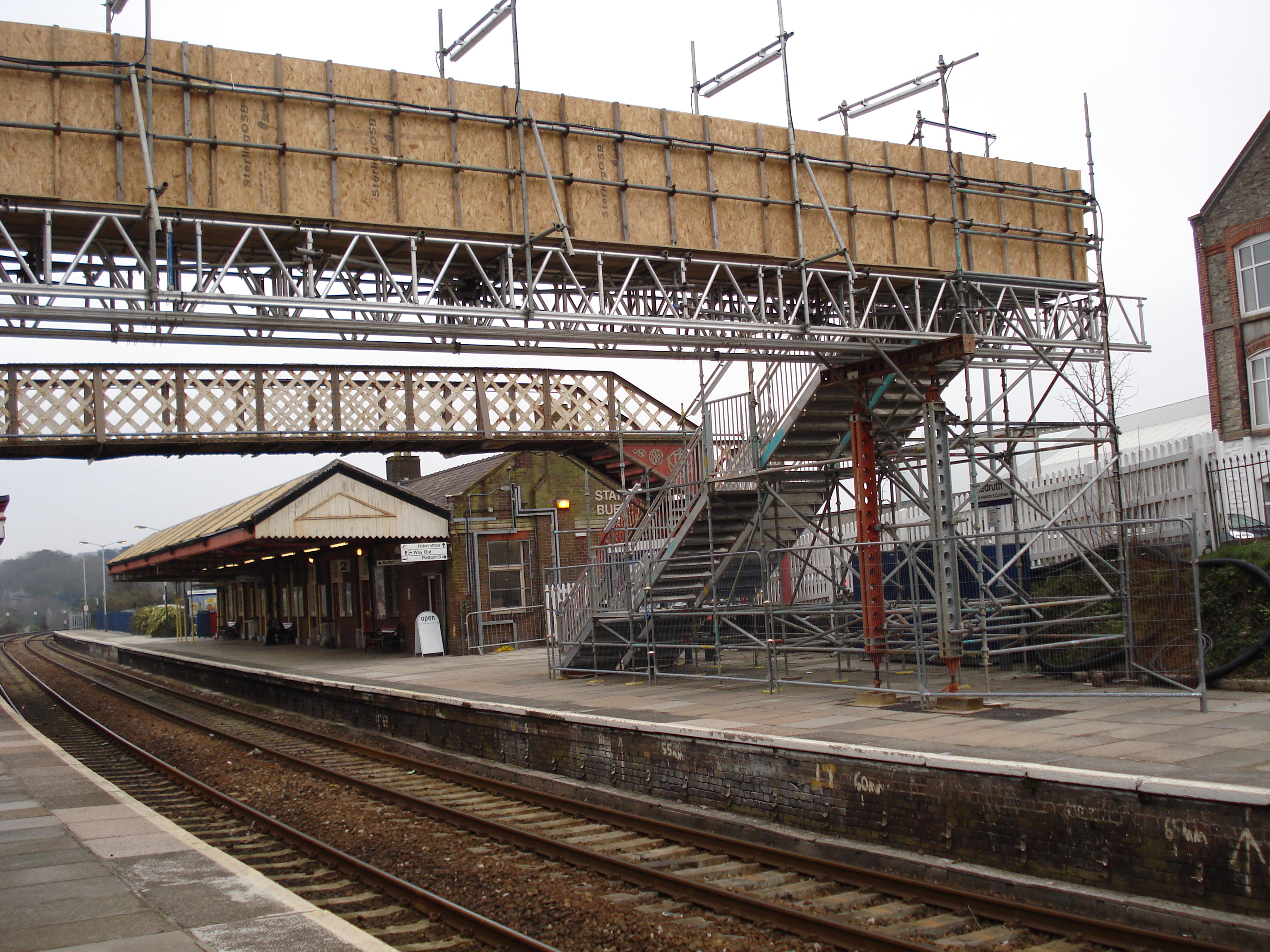 redruth-train-station-image-4